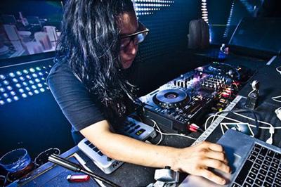 Live Review: The Skrillex Cell Grey Daze Tour, Birmingham O2 Academy, 19 February 2012