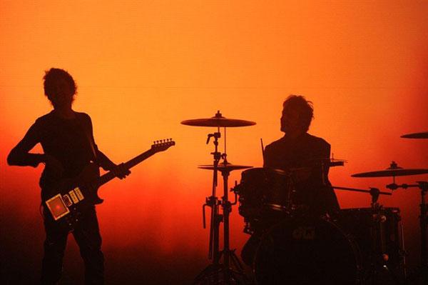 Album Review: Muse – Drones