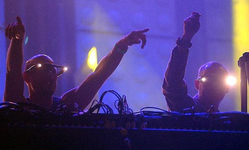 Top 7 Glastonbury Sets: Orbital at Glastonbury Festival 1994